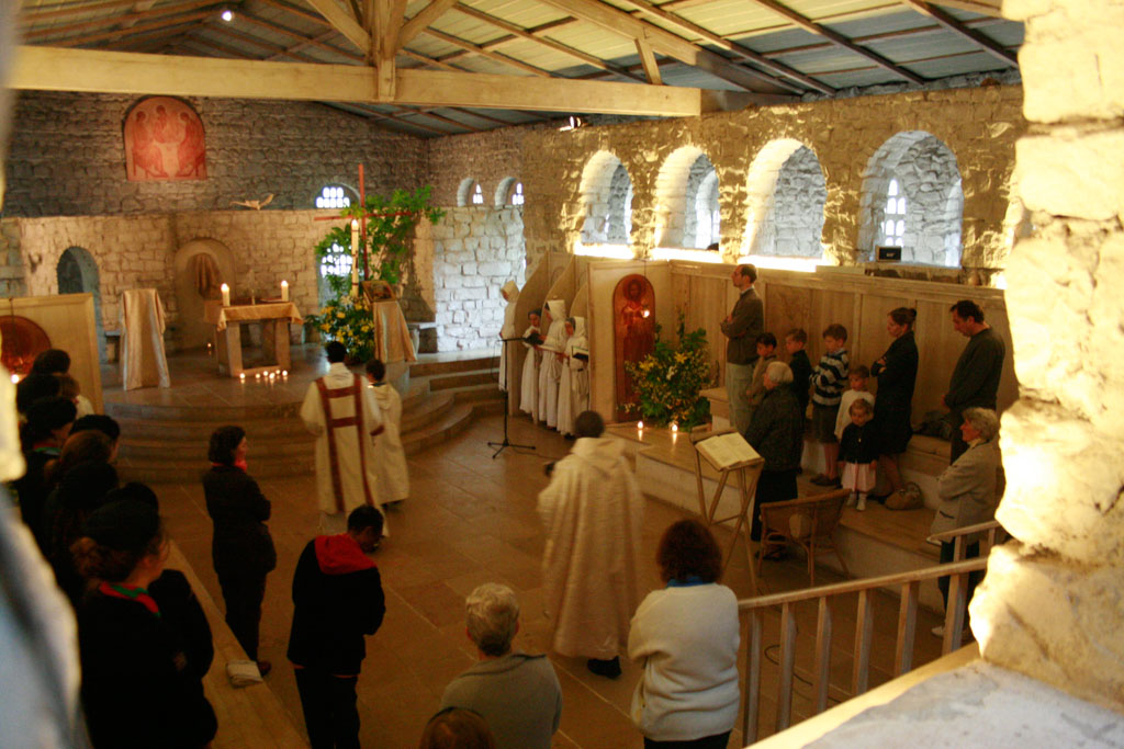 THE MONASTIC FAMILY OF BETHLEHEM (NUNS)